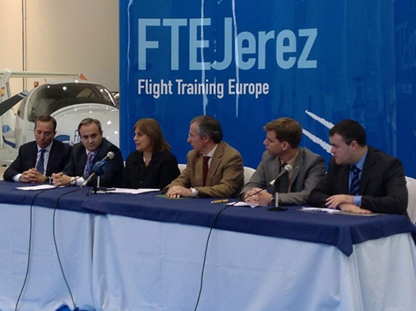 FTEJerez celebrates the expansion of its training aircraft fleet