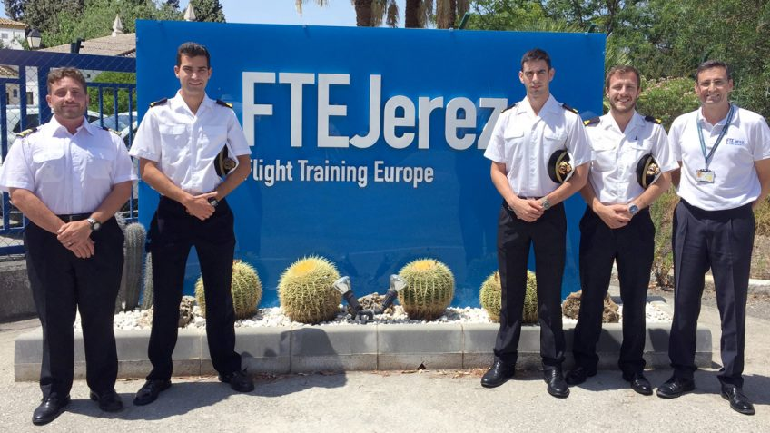 FTEJerez delivers familiarisation course to Spanish Navy officers