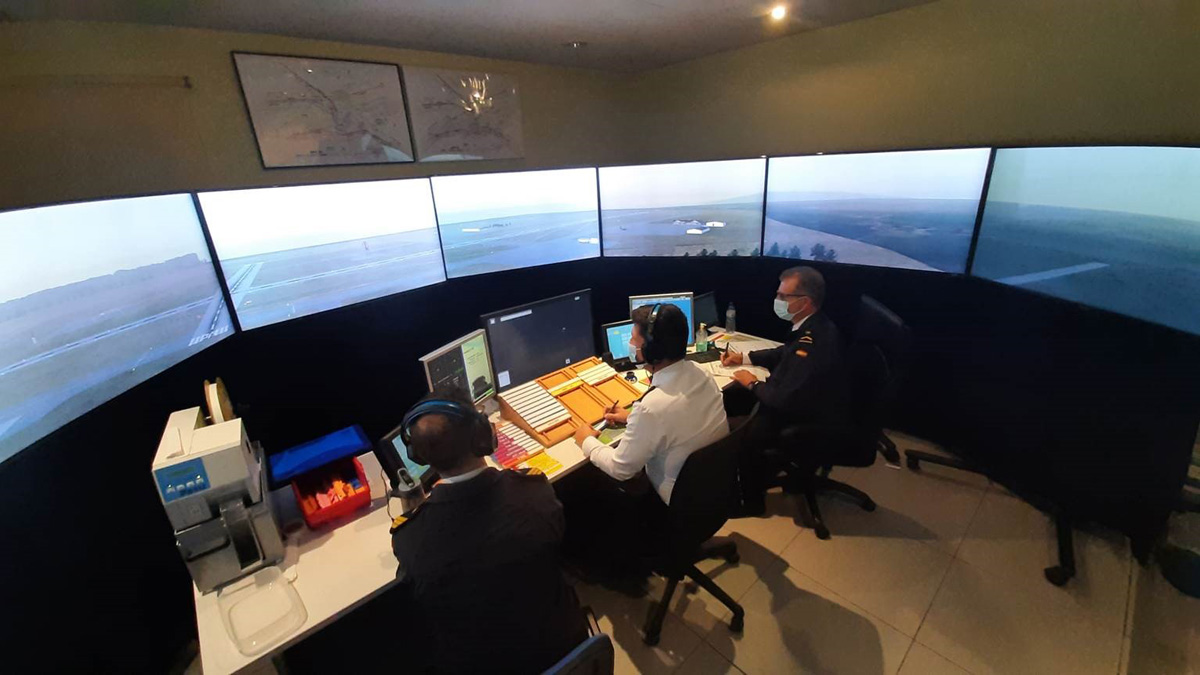 FTEJerez completes training for military controllers